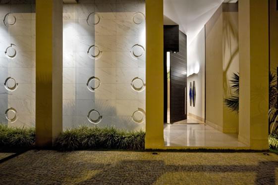 residencia-athos-bulcao-hg-arquitetura-fernando-hermanny-germana-giannetti-edgard-cesar-residencia-lago-sul-arquitetos-belo-horizonte-projetos-decoracao-capa-2